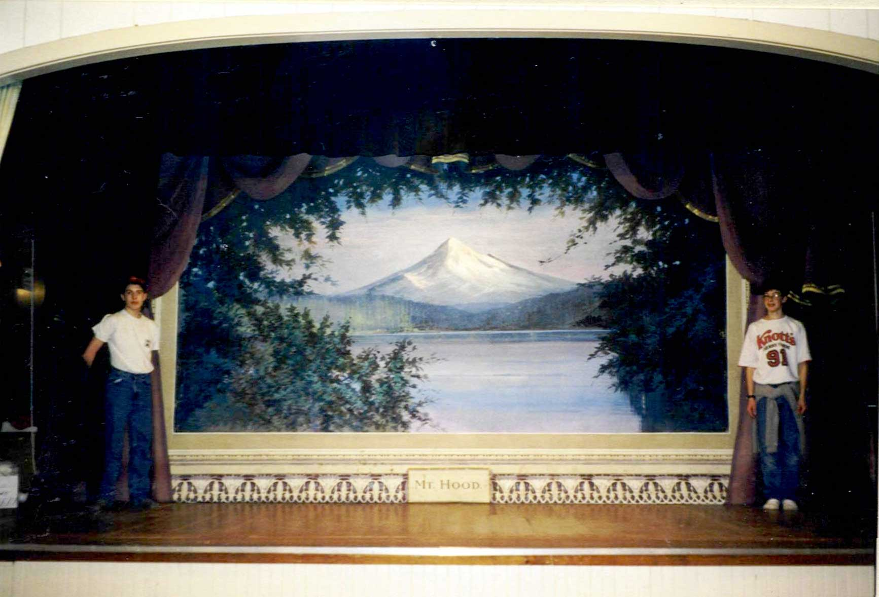 Stage - flat of Mt. Hood